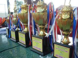 Tài trợ giải quần vợt kỷ niệm ngày 30/4 và 1/5 năm 2011