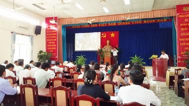 Tập huấn gói thầu TB tin học; phòng TNTH Lý, Hóa, Sinh (2,4 tỷ đồng, T10/2015)